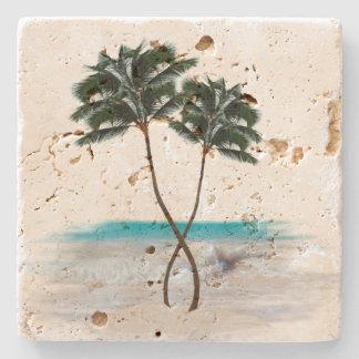 Palmeras y práctico de costa tropicales de la posavasos de piedra