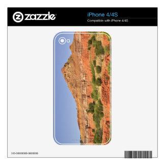Palo Duro Canyon, Texas.  Successive rock layers iPhone 4 Skin