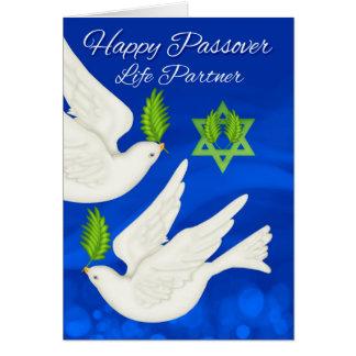 Paloma del Passover del socio de la vida y hoja de Tarjeta De Felicitación