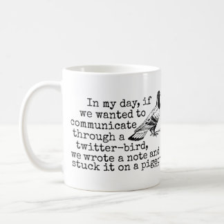 Paloma divertida del pájaro del gorjeo de la edad  taza de café