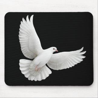 Paloma Mousepad del blanco que vuela Tapetes De Ratones