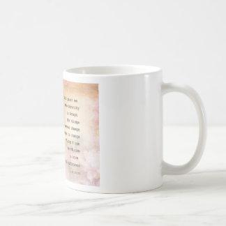 Paloma y flores del rezo de la serenidad taza de café