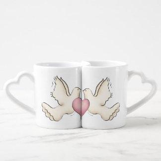 Palomas blancas del amor tazas para parejas
