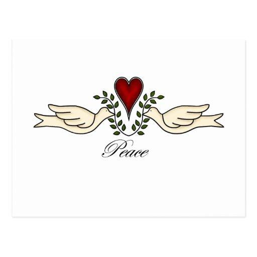 Palomas de la paz con la postal del corazón