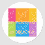 Palomas de paz de la universidad de Obama Pegatina Redonda