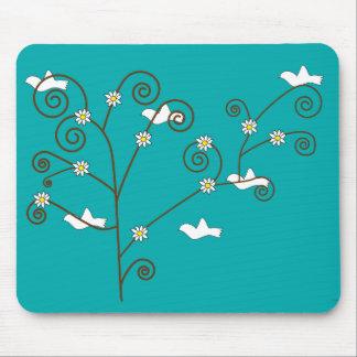 Palomas en un árbol Mousepad Tapete De Ratones