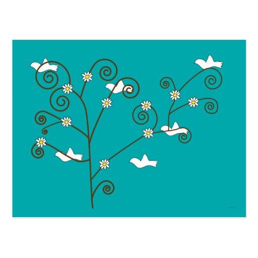 Palomas en una postal del árbol