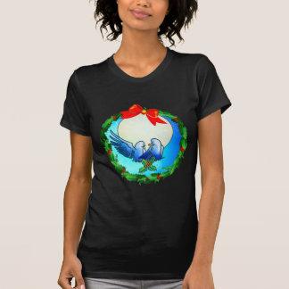 PALOMAS y GUIRNALDA del ACEBO de SHARON SHARPE Camisetas