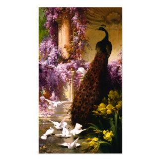 Palomas y pavos reales en un jardín tarjetas de visita