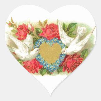 Palomas y rosas hermosos de la tarjeta del día de pegatina en forma de corazón