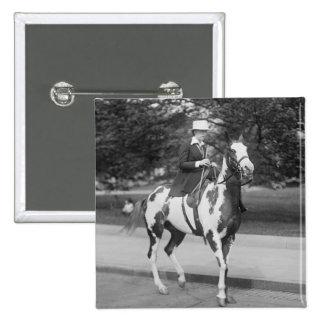 Palomino Pony, 1915 Pin Cuadrado