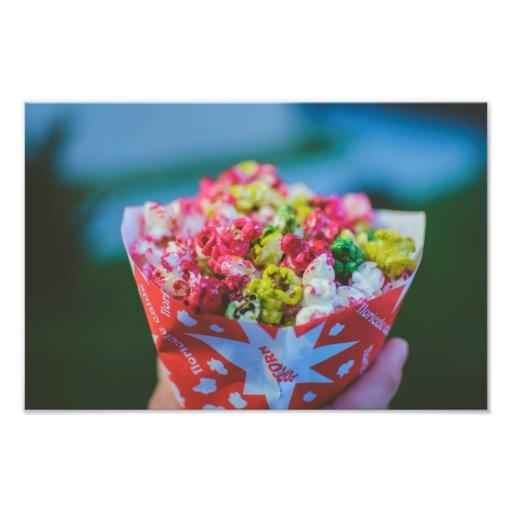 Palomitas condimentadas coloridas fotografías