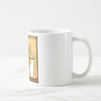 Palomitas haciendo estallar en el albaricoquero tazas de café