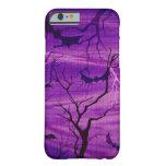 Palos de Halloween en la caja púrpura del teléfono Funda De iPhone 6 Barely There