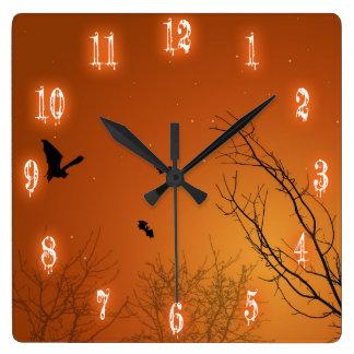 Palos y árboles - reloj de Halloween de pared cuad