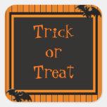 Palos y diseño de Halloween de las rayas Colcomania Cuadrada