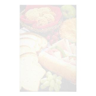 Pan, bocadillos, empanada y galletas deliciosos papelería de diseño