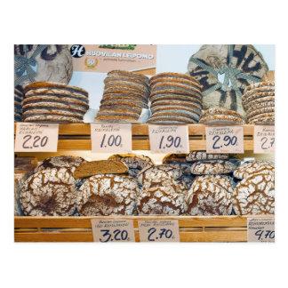 Pan de Rye en el mercado Pasillo de Hakaniemi Postal