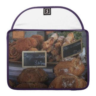 Pan francés por ProvenceProvence Fundas Para Macbook Pro