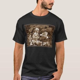 Pan Garden (Dark Apparel) T-Shirt