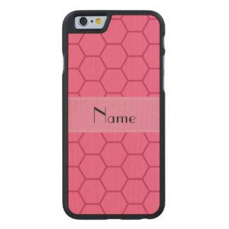 Panal rosado conocido personalizado funda de iPhone 6 carved® de arce