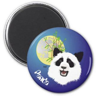 Panda (Ailuropoda melanoleuca) magnet