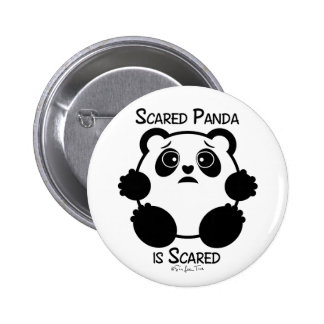 Panda asustada pin redondo de 2 pulgadas