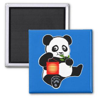 Panda con la linterna imán cuadrado