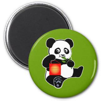 Panda con la linterna imán redondo 5 cm