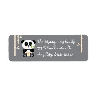 Panda de bambú del bebé del grito en pegatinas de  etiqueta de remite