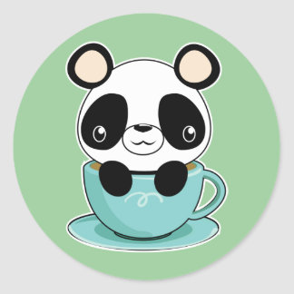 Panda de Kawaii en una taza de té Etiqueta Redonda