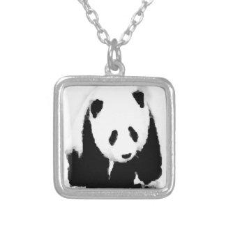 Panda del bebé del arte pop collar plateado