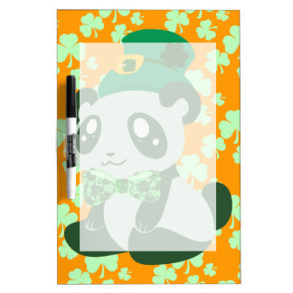 Panda del día de St Patrick Pizarras Blancas De Calidad