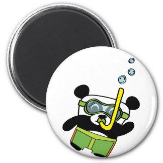 Panda del muchacho en el traje de baño Snorkling Imán De Nevera