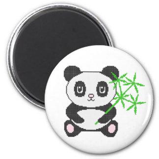 Panda divertida del punto de cruz imán redondo 5 cm