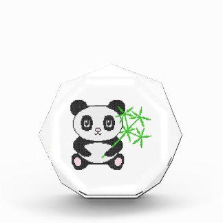 Panda divertida del punto de cruz