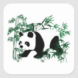 Panda en el bosque de bambú calcomania cuadradas personalizada