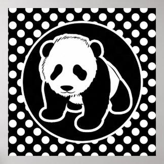 Panda en lunares blancos y negros posters