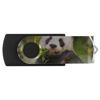 Panda Habitat Swivel USB 2.0 Flash Drive