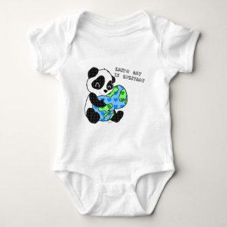 Panda hugs the earth / earthday baby bodysuit