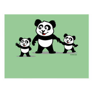 Panda linda con dos bebés tarjeta postal
