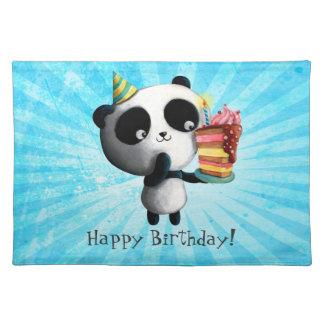 Panda linda del cumpleaños con la torta mantel individual
