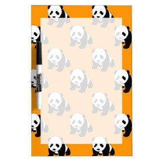 Panda linda; Naranja de neón, negro y blanco Pizarras