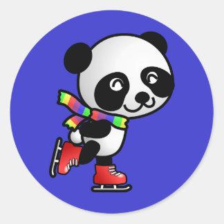Panda patinadora etiqueta redonda