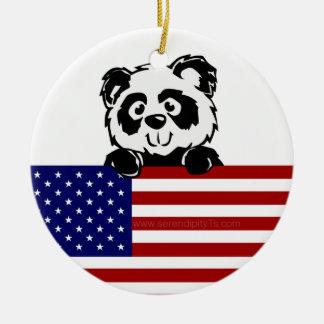 Panda patriótica adorno navideño redondo de cerámica