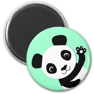 Panda que agita imán para frigorífico