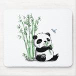 Panda que come el bambú alfombrilla de raton