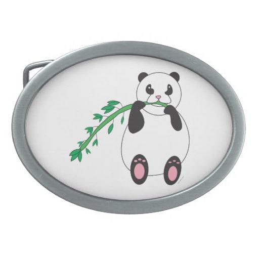 Panda que come el bambú hebilla de cinturon oval