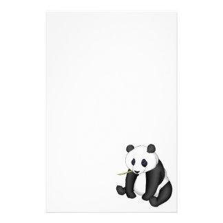 Panda que come el bambú papelería
