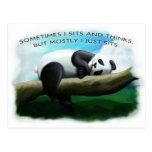 Panda que se sienta postal